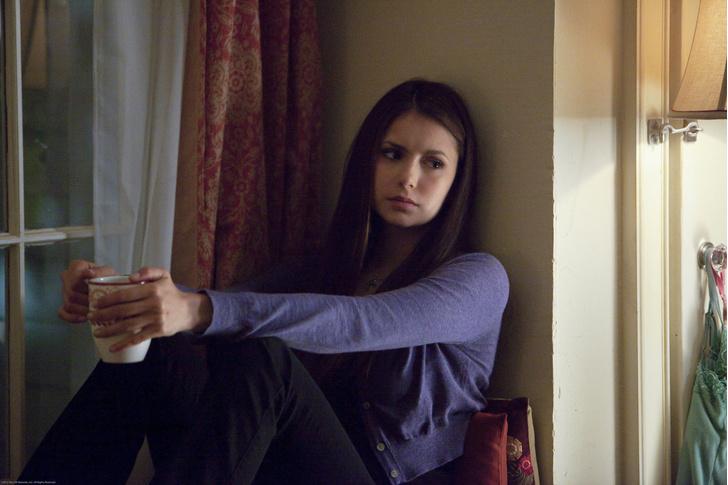 Фото №6 - «Дневники вампира»: ты удивишься, как сильно отличается Елена в сериале от Елены в книгах 😱