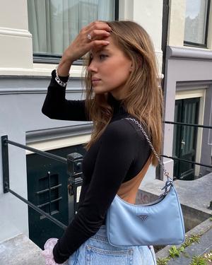 Фото №9 - Гардероб новой девушки Брэда Питта: 6 любимых вещей модели Николь Потуральски