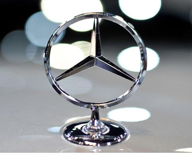 Фото №1 - Не простое украшение: 20 автомобильных эмблем со смыслом