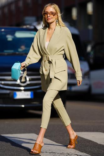 Фото №10 - Анти-оверсайз: как носить облегающие вещи и выглядеть стильно