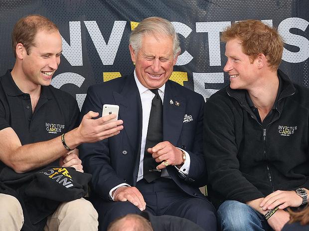 Фото №10 - Счастливые годы: самые трогательные фото принца Чарльза с сыновьями
