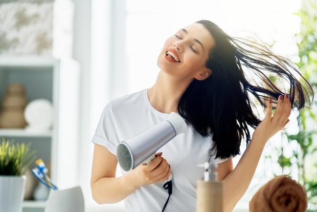 Фото №3 - Гид от стилиста: как укладывать волосы феном, чтобы не повредить