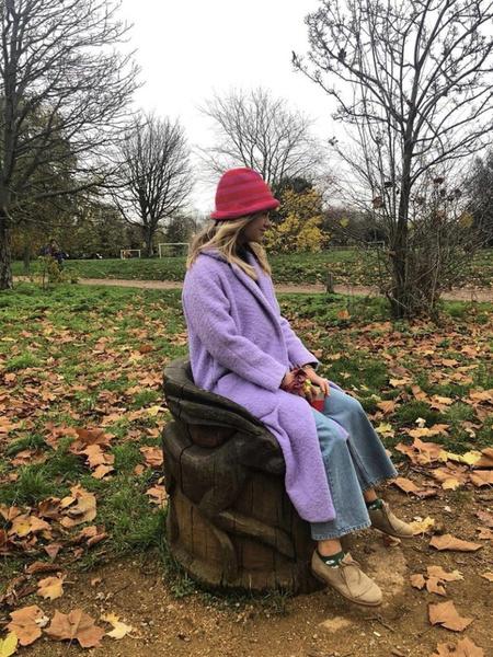 Племянница Елизаветы II выглядит так, будто одевается с секонд-хэнде