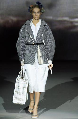 Фото №13 - С рынка на подиум: невероятные похождения сумки-тоут