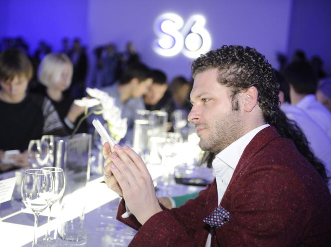 Фото №20 - Гаджет недели: смартфон Samsung Galaxy S6/S6 edge