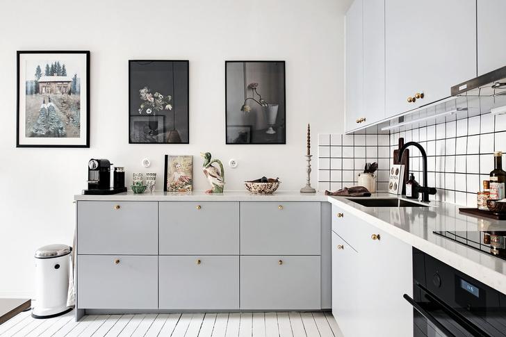 Фото №12 - Маленькая скандинавская квартира со спальней на антресоли