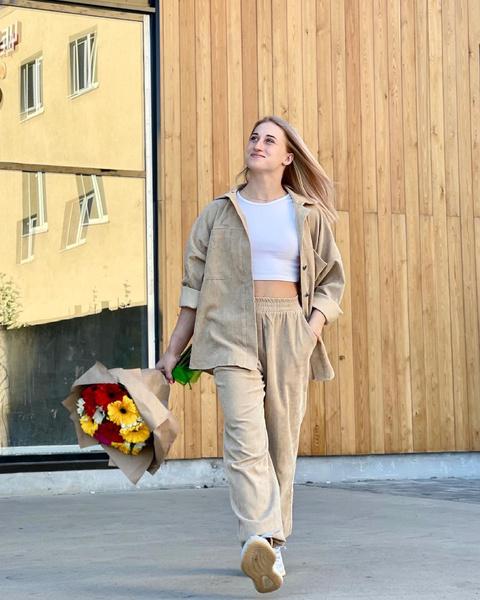 Фото №4 - Не только боди и купальники: смотри, что носят российские гимнастки в повседневной жизни