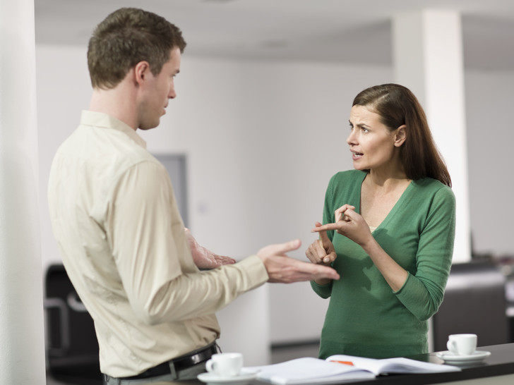 Фото №1 - Проверьте себя: 6 самых раздражающих привычек офисных работников