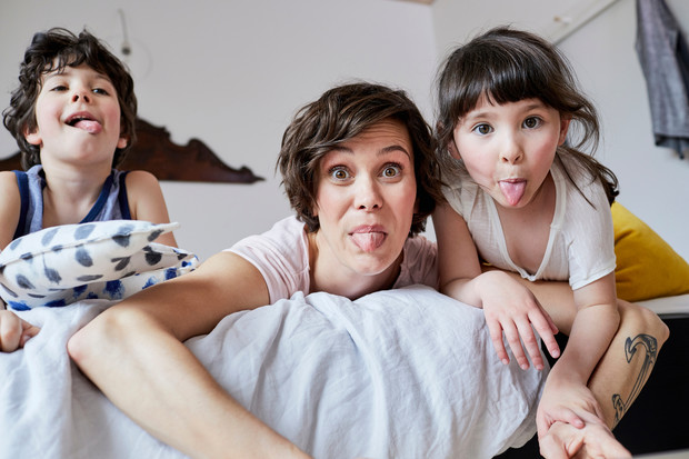 Фото №1 - Пять причин, почему я завидую мамам девочек