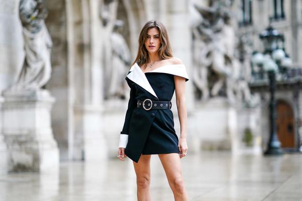 Фото №1 - Не то помидор, не то планета: самое странное платье в коллекции Cardi B