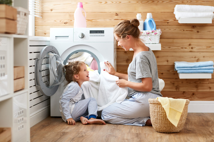 Фото №1 - Эксперты проверили, как стирают популярные машинки
