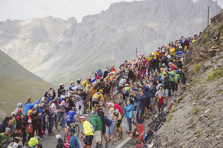 Фото №11 - Среди «горных королей»: репортаж с велогонки «Тур де Франс»