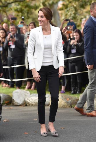 Фото №16 - Принцесса масс-маркета: как герцогиня Кейт носит одежду бюджетных брендов