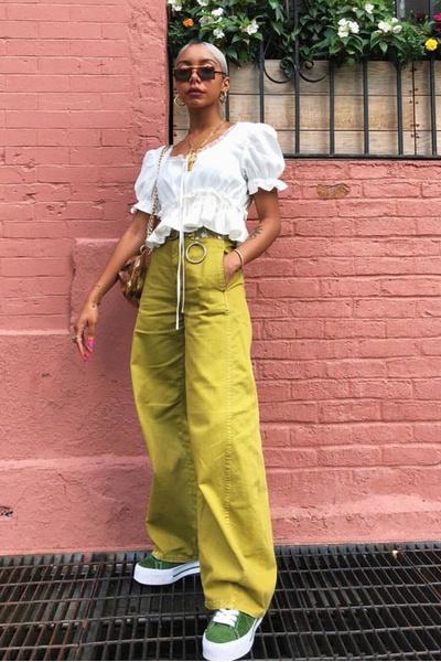 Фото №4 - Как носить цветные джинсы— тренд весны 2021