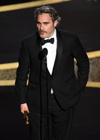 Фото №4 - От Брэда Питта до Рене Зеллвегер: все победители «Оскара-2020»