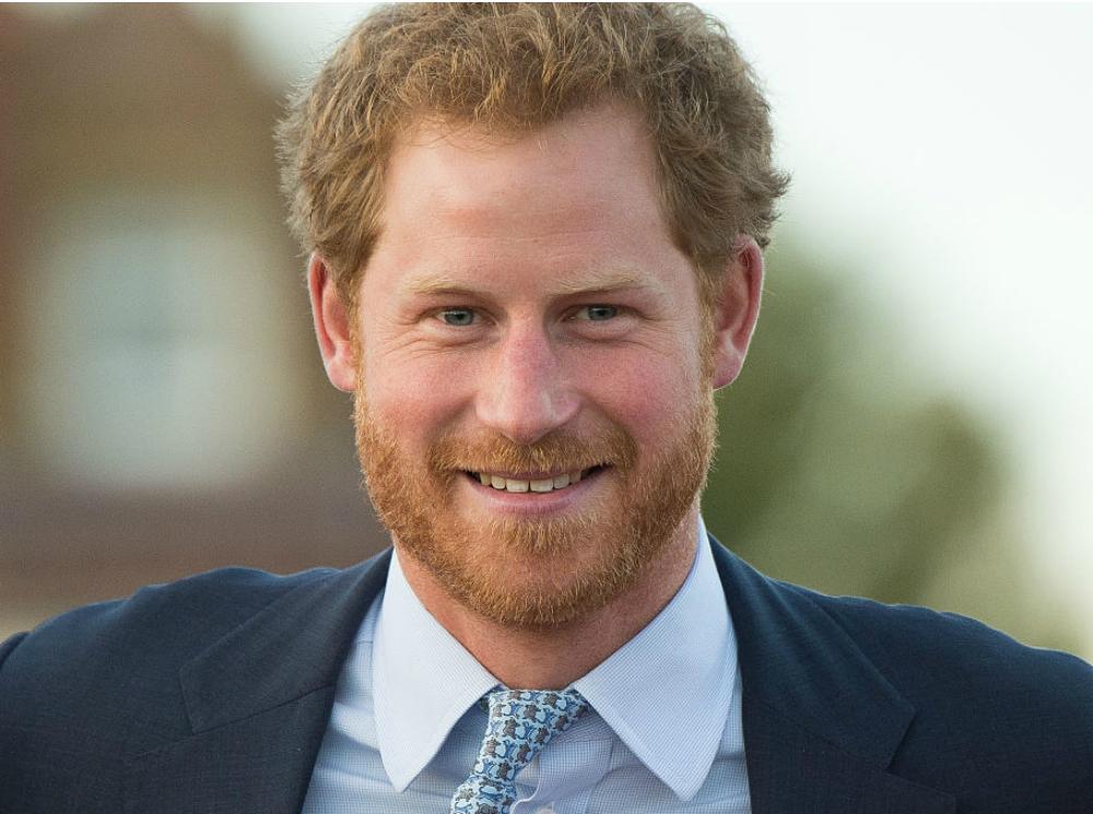 Почему принц Гарри не мог говорить о смерти матери с семьей ...