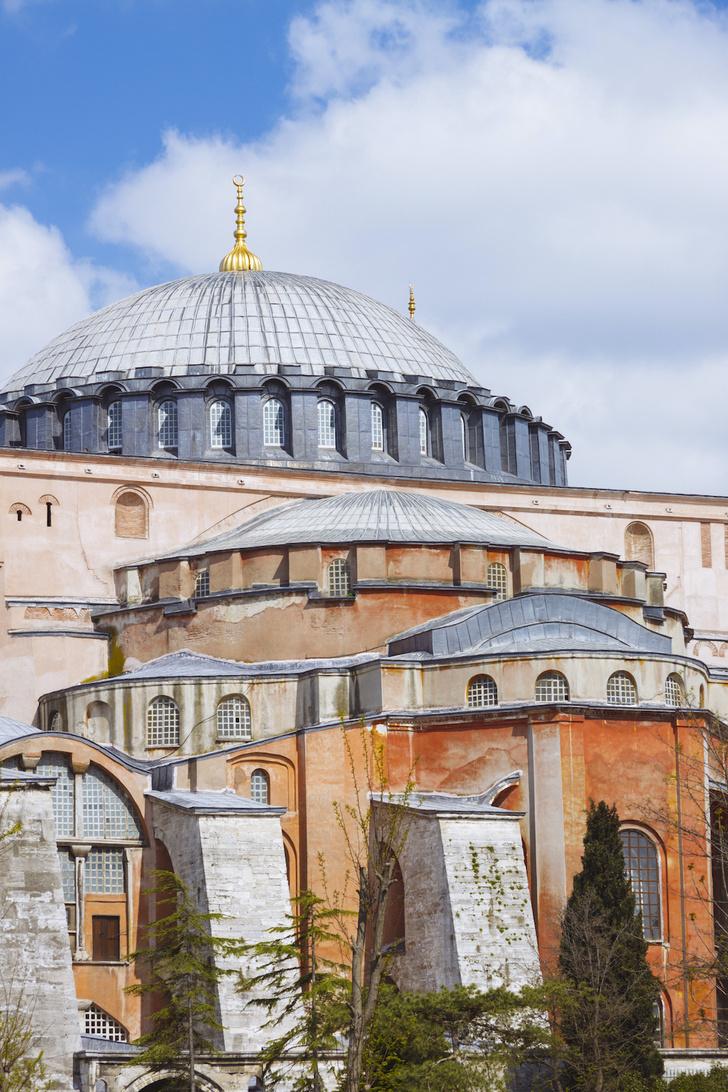 Фото №5 - Собор, мечеть, музей: полторы тысячи лет истории Святой Софии Константинопольской в занимательных фактах