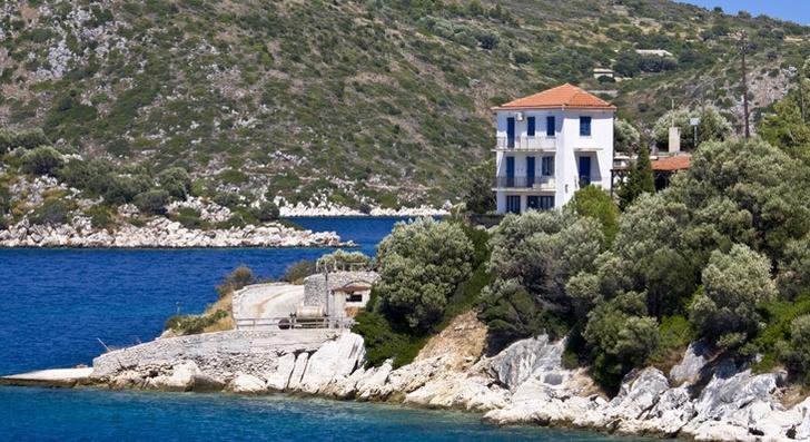 Фото №7 - 7 «мифических» мест в Греции, которые стоит увидеть своими глазами