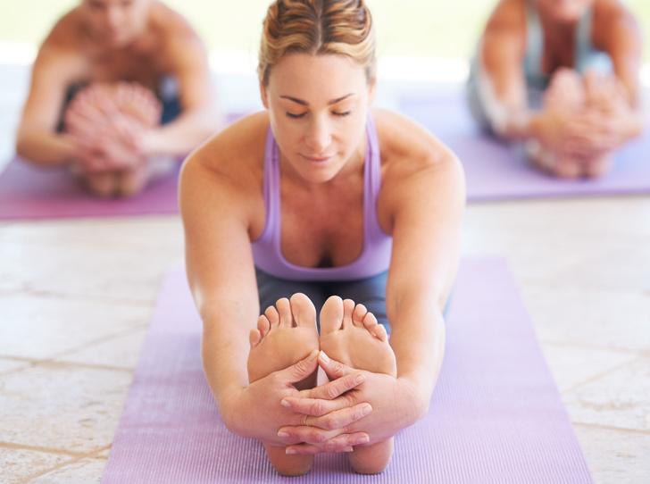 Фото №1 - Необычные способы похудения, которыми пользуются йоги