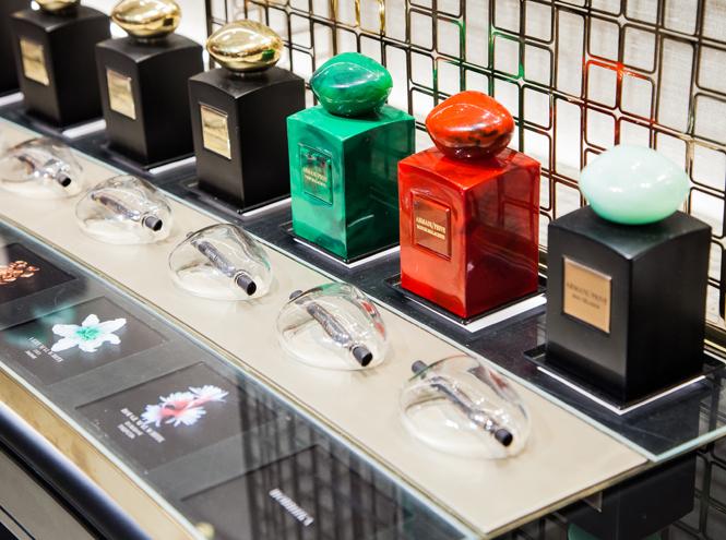 Фото №1 - Первый в Европе: в Москве открылся парфюмерно-косметический бутик Giorgio Armani Beauty
