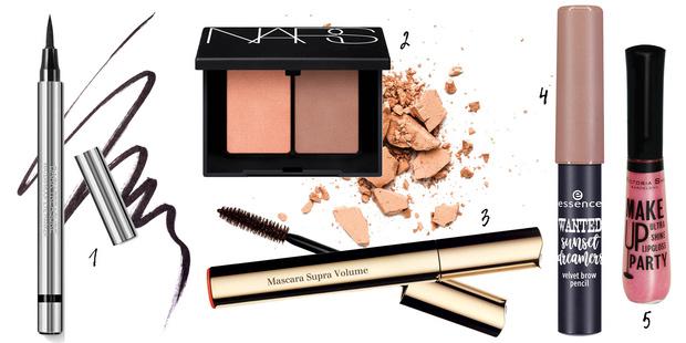 Фото №2 - Яркая осень: как повторить макияж с модного показа Miu Miu