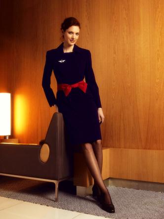 Фото №8 - Небо, самолет, девушка: самые красивые униформы стюардесс в мире