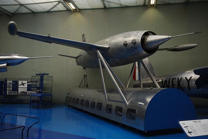 Фото №1 - Верхом на звезде: 5 необычных летательных аппаратов