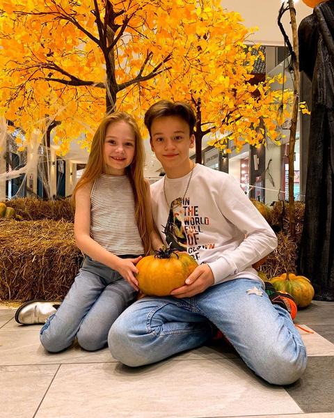 Фото №11 - «Я в шоке и гневе»: Ксения Бородина призвала родителей украинских «влюбленных» детей к ответственности