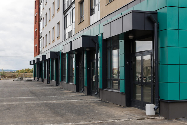 На первых этажах домов «Меридиана» откроются кафе и магазины.