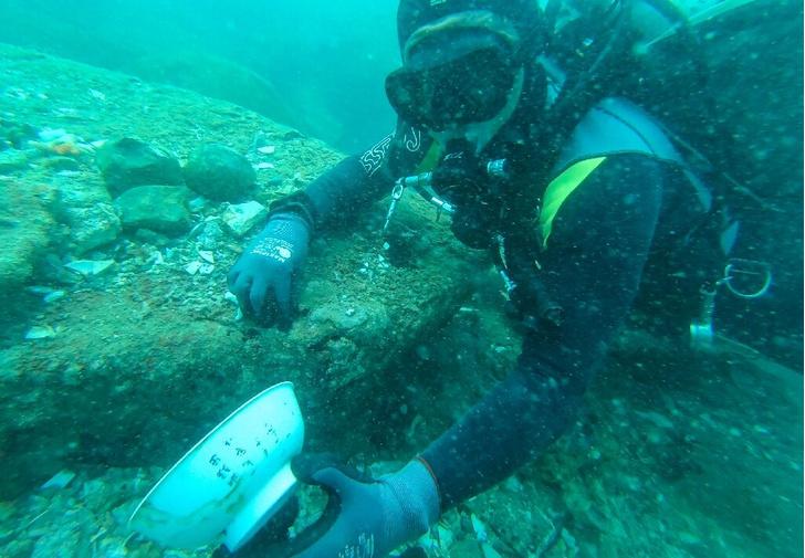 Фото №1 - У берегов Сингапура нашли два затонувших судна с сокровищами