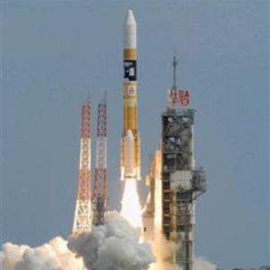 Фото №1 - Япония успешно запустила лунный зонд