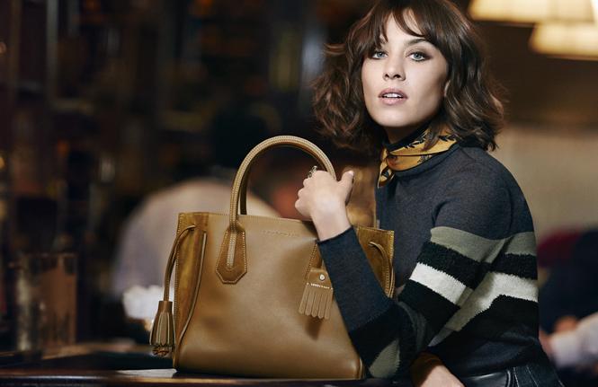 Фото №1 - Прогулки по Парижу: новая рекламная кампания Longchamp