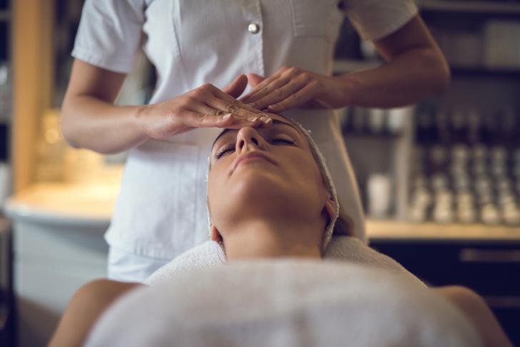 Фото №1 - Самые эффективные процедуры для лица после пятидесяти
