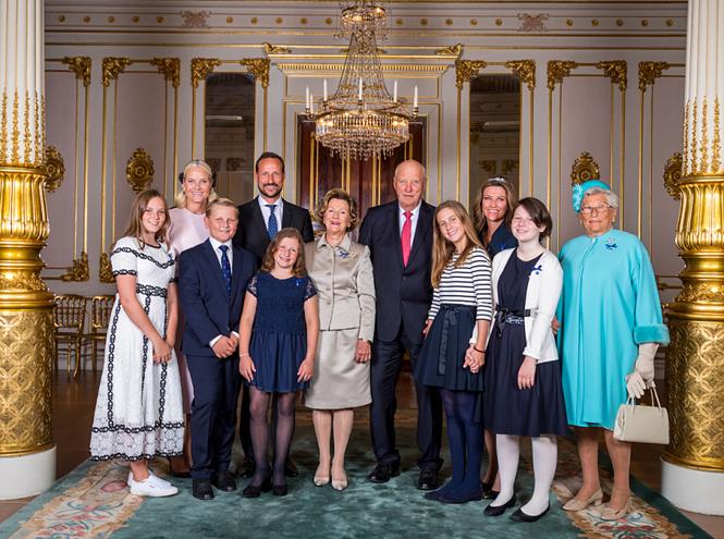 Фото №5 - Как король и королева Норвегии отметили золотую свадьбу