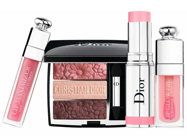 Фото №2 - Pure Glow: 7 незаменимых средств для создания весеннего макияжа