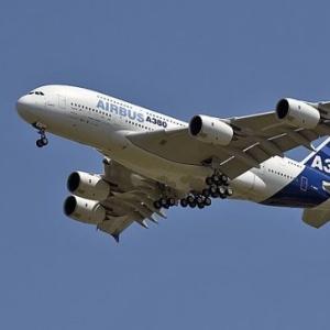 Фото №1 - Airbus A380 слетает в Лондон