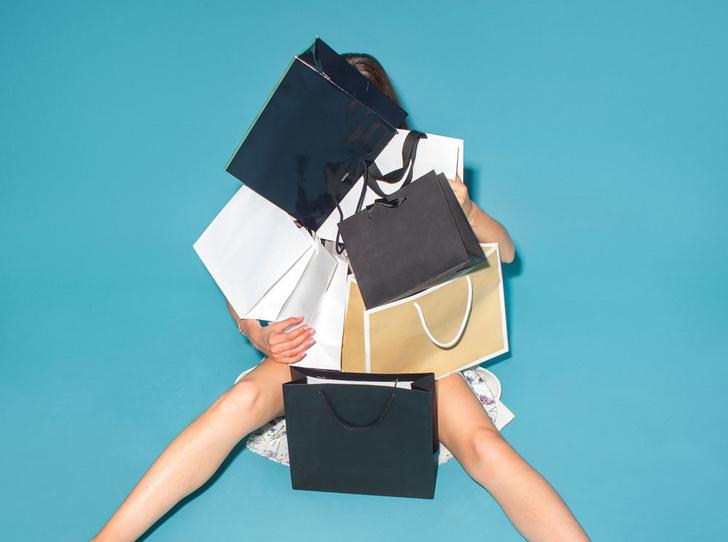 Фото №2 - Плохой шопинг: 7 причин, почему вам хочется сбежать из примерочной