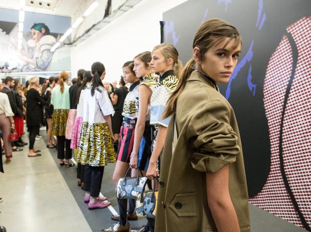 Фото №13 - Время женщин: как современный феминизм меняет индустрию моды