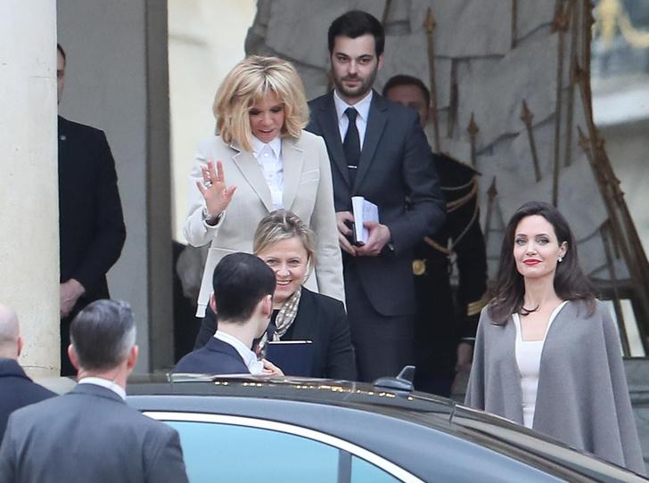 Фото №2 - Анджелина в Париже: Guerlain, Лувр и встреча с Брижит Макрон