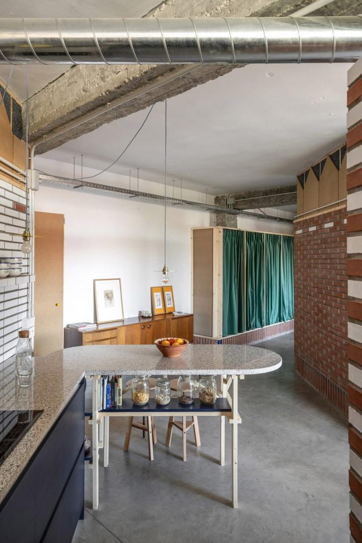 Фото №2 - Квартира в старой мастерской в Испании