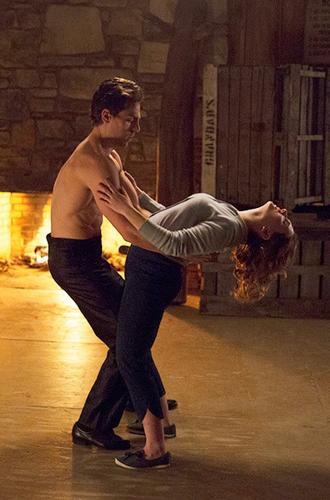 Фото №11 - Чистые факты: все, что мы знаем о римейке «Грязных танцев»