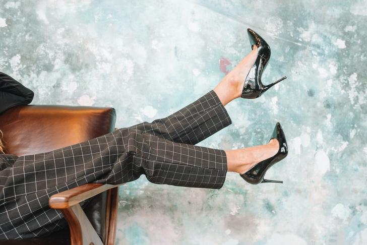 Сухая, водяная, стержневая: как избавиться от мозолей на ногах