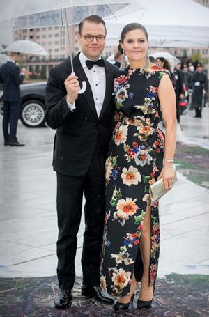 Фото №25 - Забавы королевского двора: самые интересные моменты юбилея Харальда и Сони