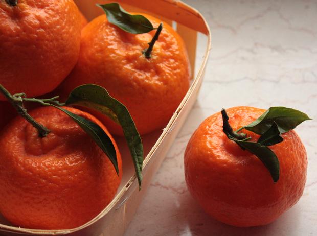 Фото №2 - Фото-гид по мандаринам: какие сладкие, какие нет, как выбирать и хранить (плюс три рецепта)