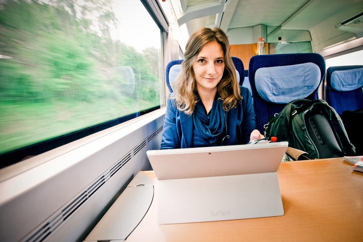 Фото №1 - Немецкая студентка переехала жить в поезда