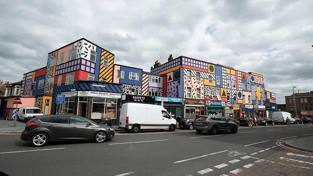 Фото №2 - Улица в Лондоне превратилась в арт-инсталляцию