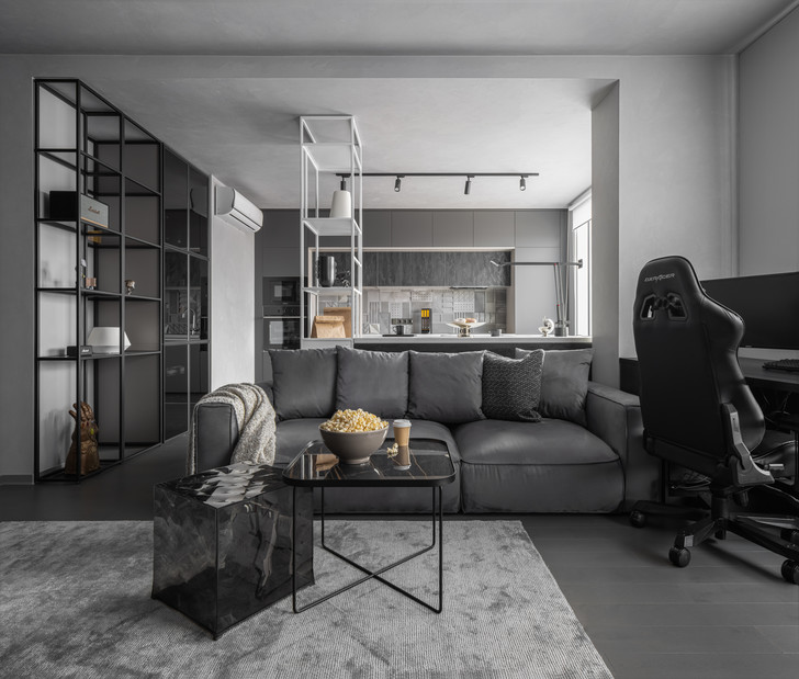 Фото №1 - Монохромная квартира для блогера в Екатеринбурге