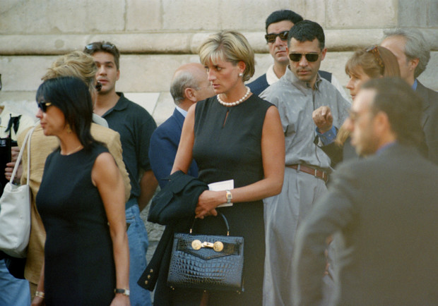 Фото №10 - Убийство Джанни Версаче: история самого загадочного преступления мира моды