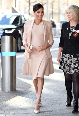 Фото №2 - Лучшие образы герцогини Меган в 2019 году
