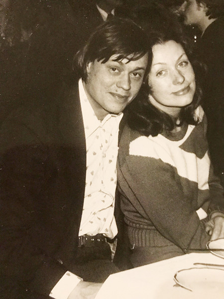 Фото №4 - «Без конца признавался в любви жене»: сын— о последних словах Караченцова